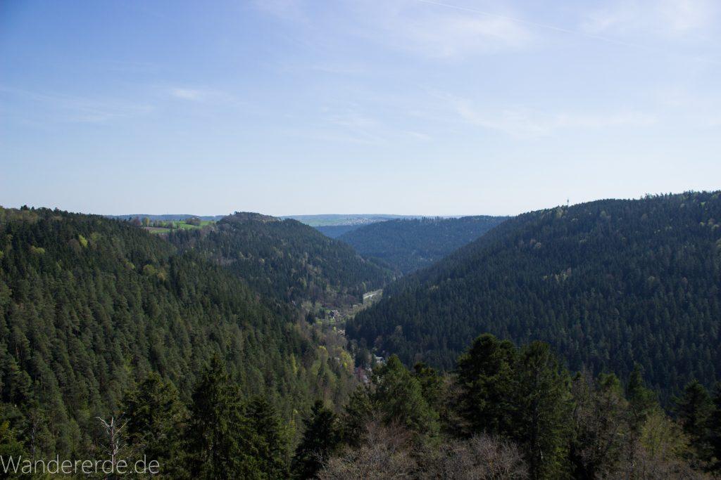 Genießerpfad, der Teinacher, Stadt Zavelstein, tolle empfehlenswerte Aussicht von der Burg in Zavelstein