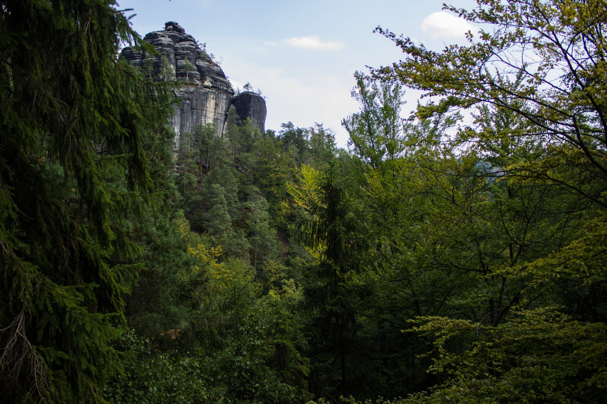 Zeughaus Roß- und Goldsteig Richterschlüchte im Kirnitzschtal wandern, Wanderweg im Wanderparadies Sächsische Schweiz mit vielen tollen Aussichten, riesiger Felsennationalpark